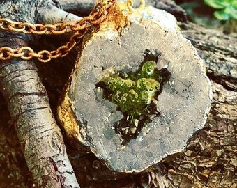 Terrarium agate geode crystal pendant preserved moss resin gold chain and silver necklace . Flowers, bohemian , free people, love , organic