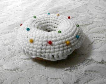 Donut Pincushion - Crochet Doughnut White Vanilla Iced Bun Rainbow Sprinkles Pin Cushion with Pins - Knit Cake Sewing Needle Storage Gift