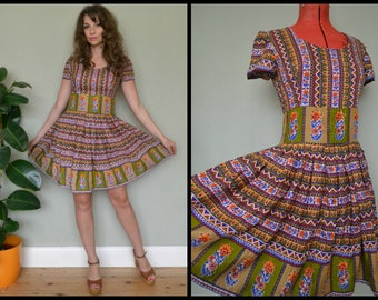 Vintage Homemade Boho Full Skirt Short Sleeved Mini Dress Made with hand Blocked Cotton Size S/M