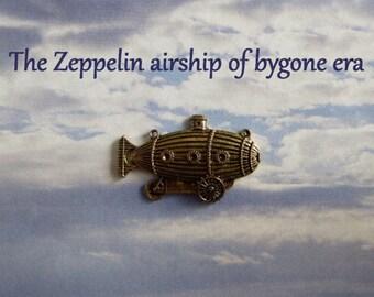 Steampunk Zeppelin Blimp Dirigible Hot Air Balloon Silicone Mold Cake Tool Fondant Chocolate Candy Cupcake Topper DIY Craft Tool Craft Mold