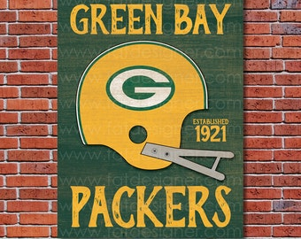 Green Bay Packers - Vintage Helmet - Art Print - Perfect for Mancave
