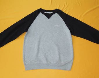 Carhartt Sweatshirt Vintage 90s Raglan Crew Neck Long Sleeves Sweater Gray