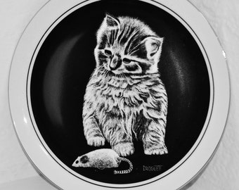 Vintage Kitty Cat Decoration. Vintage Cat. Black and white houseware 1970s