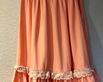 Peach crochet lace accent skirt