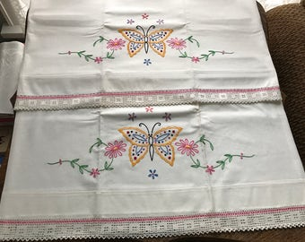 Vintage Pillowcases~Pillowcase Set~Embroidered Butterflies~Applied Lace Edge~Unused~Cottage Floral~Matching Pair~Hand Made~Butterfly~Pink