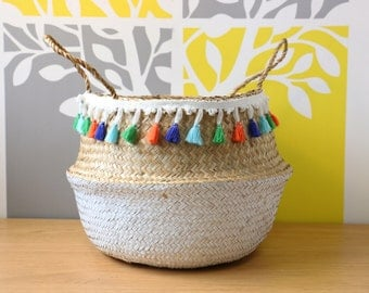 Modern hand-woven dipped white sea grass belly basket with tassels/ laundry picnic storage basket/Wholesales bulk/GrasShanghai