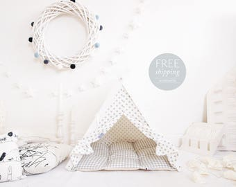 Dog teepee - white with gray dots, grey checkered dog bedding (standard size) Oh yes, FREE shipping!