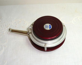 Fly fishing reel. Martin fly fishing reel. Marked Cortland 333 Level Weight E. Has patent #s and Mohawk NY