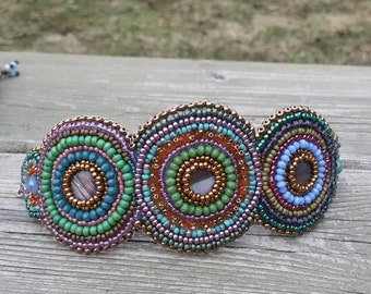 MULTICOLOR EMBROIDERY BRACELET