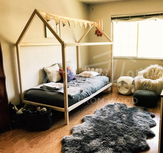 twin size house bed kids nursery bed bunk bed montessori. Black Bedroom Furniture Sets. Home Design Ideas