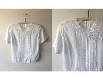 Fluttery Blouse | 50s white blouse | vintage 1950s top