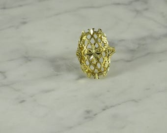 10K Yellow Gold Filigree Ring ( size 6.5 )