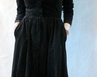 Vampiress Black Velvet Vintage Dress