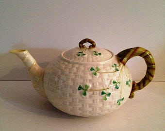 Belleek Ireland 'Shamrock' 5-Cup Teapot with Yellow Trim Spout - 5th Mark Makers Mark Made in Ireland; New Vintage