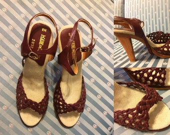 1970s Woven Leather Wooden High Heel Sandals Women's Size 8 Narrow