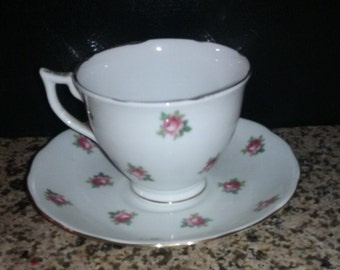 Rare vintage tea cup and saucer, 1930's, Melba bone china H2, Pink and mauve roses with gold trim, Tea party