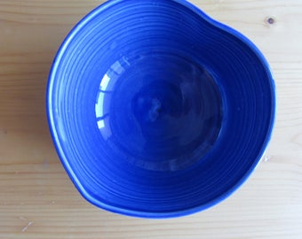 Blue heart pottery bowl, small blue porcelain bowl, handmade bowl, studio pottery, trinket bowl, heart-shaped bowl