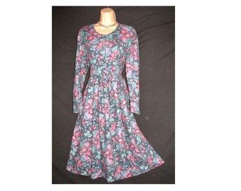 RARE ORIGINAL 80's Laura Ashley Dress, Vintage Country Rose Maxi Dress, Tea Dress, Peasant Day Dress, Hippy Dress, Vintage Prairie Dress