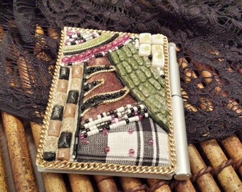 small Beaded Compact Type Notepad/vintage notepad/purse notepad/blank notepad