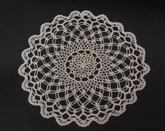 Nice Vintage Hand Crocheted Lace Pattern Doily Crochet Doily White Table Home  Decor Rustic Decorative Napkin Small