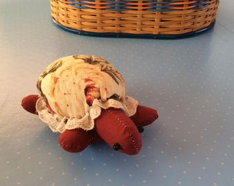 Vintage Pin Cushion - Novelty Sewing Gift - Tortoise Pincushion - Retro Sewing - Turtle Tortoise Gift