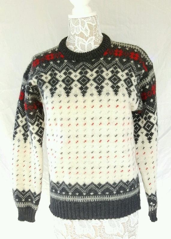 White Ski Sweater 27