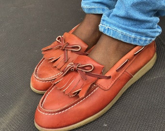 Leather Loafer Boat Shoes  Size 7.5  Womens