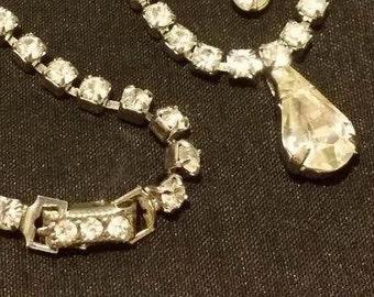 Vintage Rhinestone Tear Drop Crystal Necklace