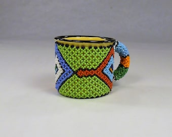 Beaded Tin Gift mug,Decorated metal pen pencil holder,Enamel coffee cup,South African office decor,Collectible Folk Art Figurines,green