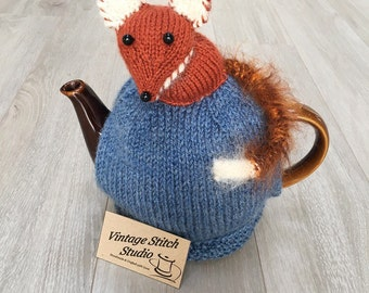 Fox Teapot Cosy - Hand knitted tea cosy - Tea Cosy - Fox Gifts - Fox Tails - knitted tea cosy - Tea Cozy
