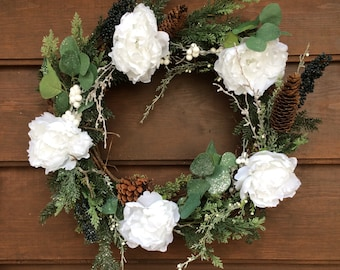 Christmas Wreath - Winter Wreath - Holiday Wreath - Door Decor - Traditional - Rustic - Made in Canada - Canadian Made