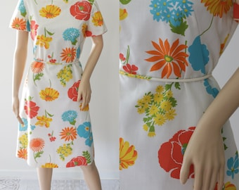 Amazing Colorful 60's Floral Dress