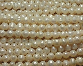 "Natural Freshwater Pearls Faceted 8mm Round 15.5"" Strand"