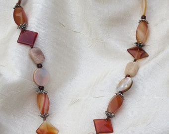 Agate and Mother of Pearl Beaded Necklace