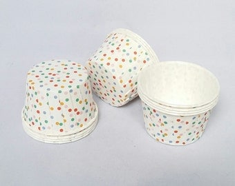 High Quality Pleated White Polkadot Baking Cups Cupcake Cases Cupcake Liners Muffin Cups