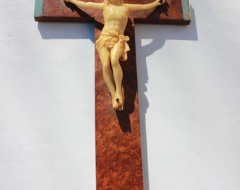 Crucifix antique, elm/cedar wood veneer Jesus cross INRI religious wall cross