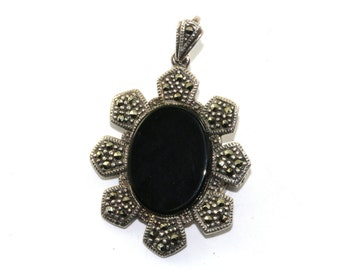 Vintage Flower Onyx Marcasite Petals Inlay Pendant Pin/Brooch 925 Sterling BB 694