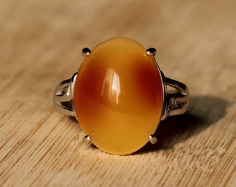 amber ring,Natural amber,Oval amber ring,Baltic amber Jewelry,Sterling silver Ring,Reiki ring,Amber jewelry,Retro ring,Baltic amber ring