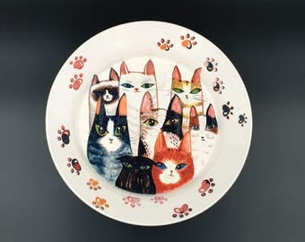 Cat Family plate/Ceramic plate/Hand made/Hand Paint