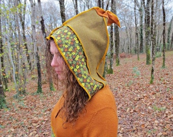 Hoodie pointed hood and pouch made of patchwork of wool and felt recycled mustard, Khaki and printed flowers!
