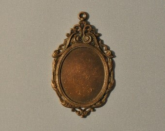 Vintage French Ornate Baroque Raw Brass Closed Back Portrait Setting 6J