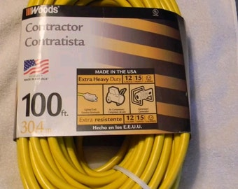 Woods contractor Heavy Duty, lighted ends, 12/3 Extension Power Cords 100ft