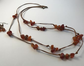 Gemstone necklace, multi-strand, agate, waxed leather, knotted