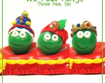 We Pea Kings Set - Cute Polymer Clay Charm / Keyring / Ornament (King Peas)