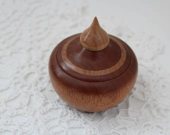 Handturned Utile pot with Maple inlay and finial