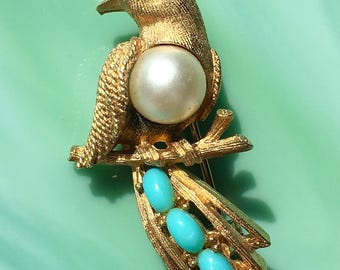 Gold Bird Pin | Pearl Bird Brooch | Bird Jewelry | Pearl Jewelry | Cute Animal Pins | Gifts for Her | Vintage Jewelry