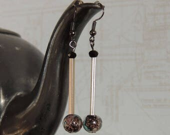 Long earrings with black wire