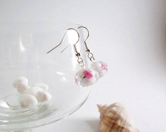 Lampwork bridal earrings, Clear earrings, Pink roses drop earrings, fashion jewelry, Romantic Elegant glass earrings, White bead earrings
