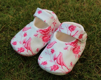 Shoes of baby birds - size 3-6 months