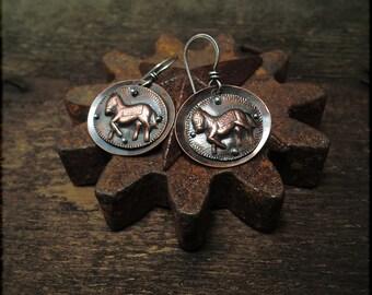 E1514 Prancing Ponies on Copper earrings